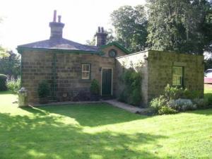 Rightmove stone cottage meanwood leeds